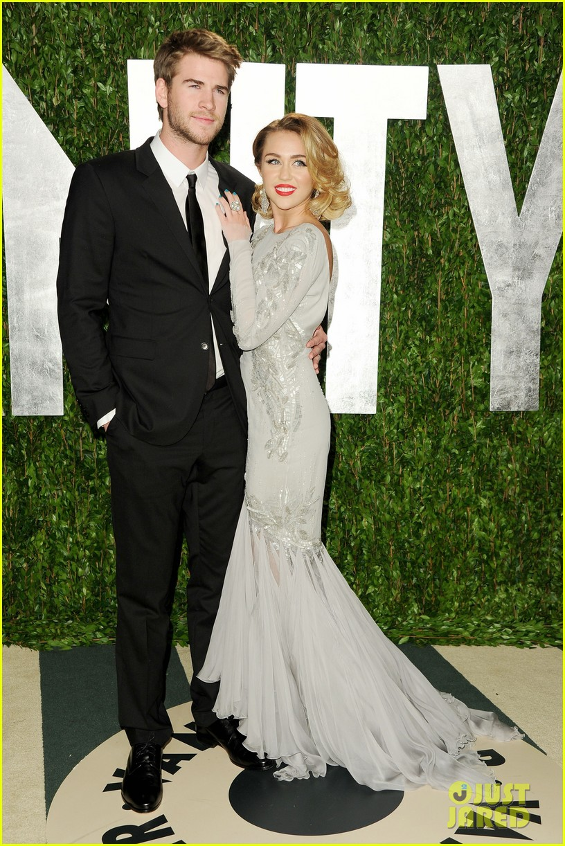 miley cyrus mom tish talks liam hemsworth wedding plans 01