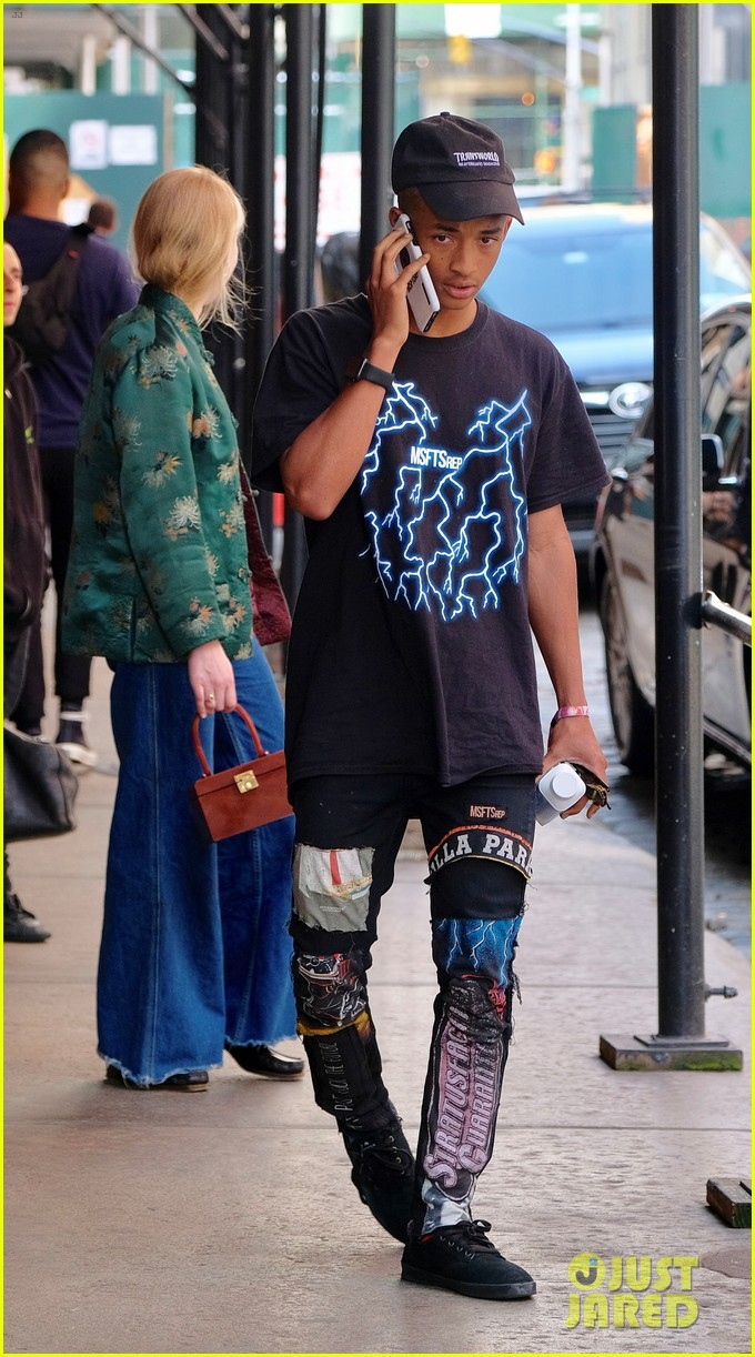 jaden willow smith moved out of parents house 03