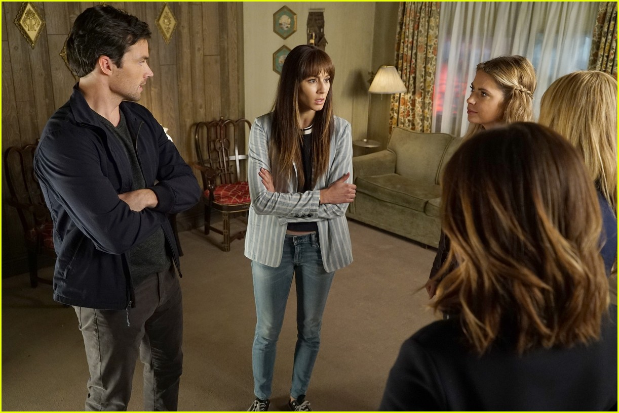 pretty little lairs farewell lovely photos 01