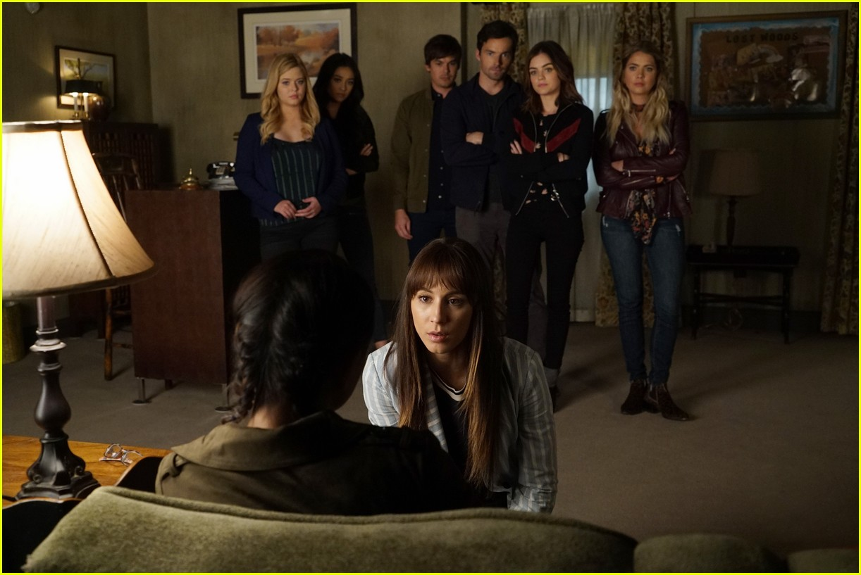 pretty little lairs farewell lovely photos 06