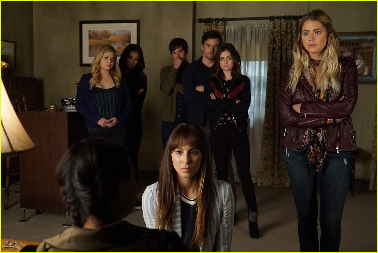 pretty little lairs farewell lovely photos 07