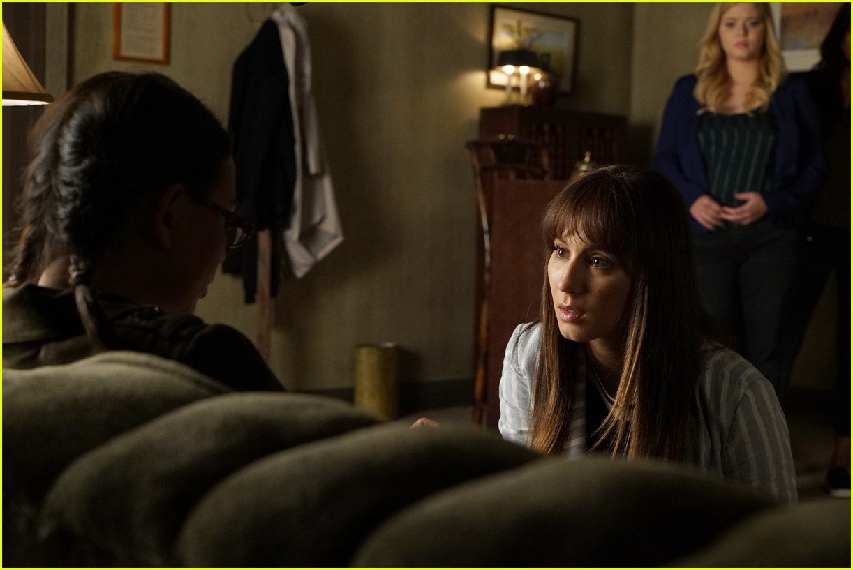 pretty little lairs farewell lovely photos 09