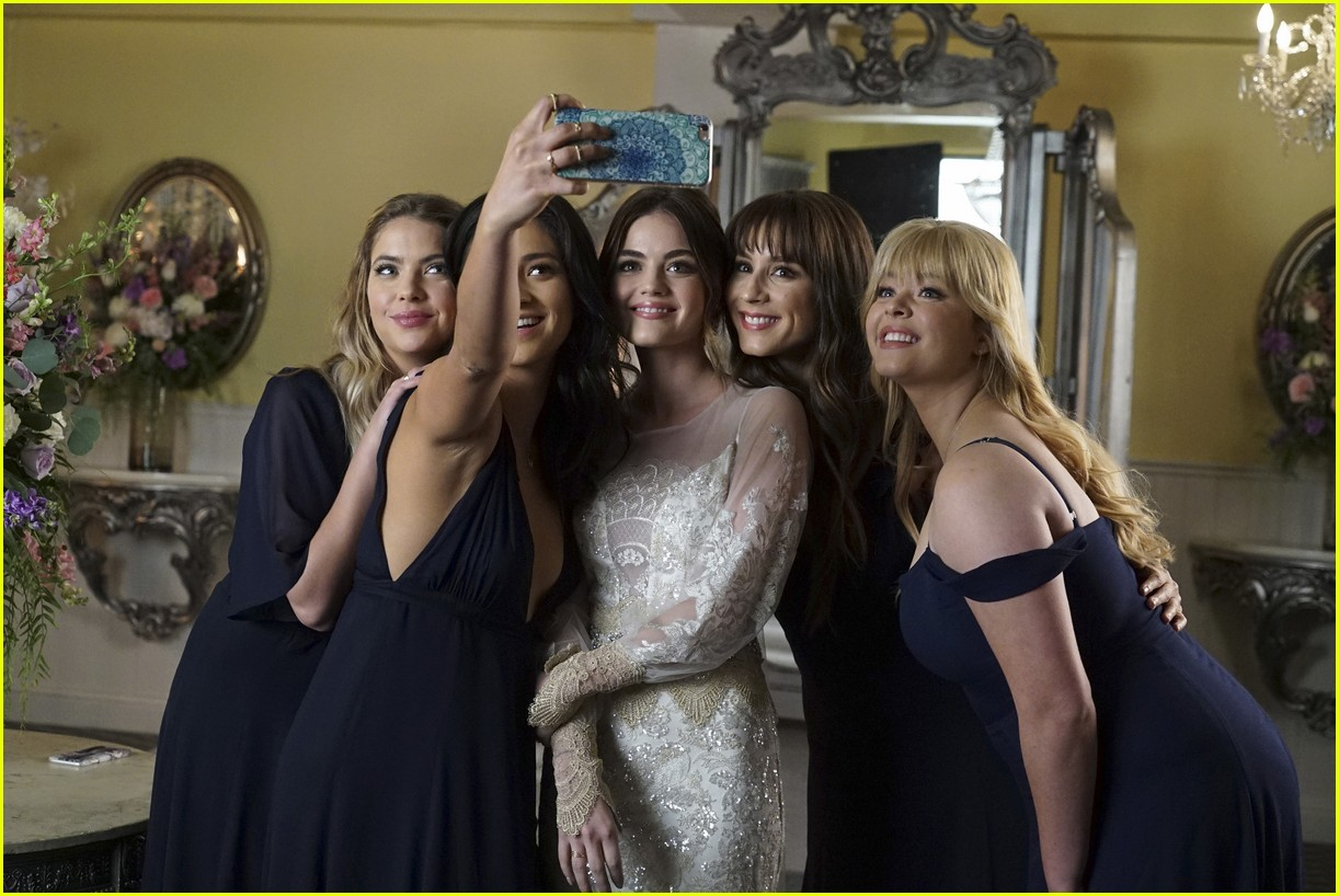 pretty little liars who is ad 01