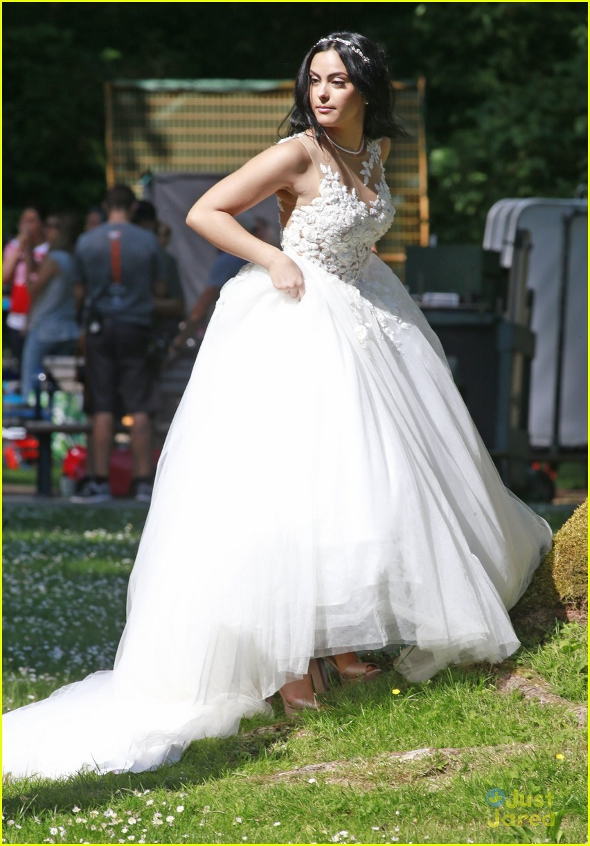 riverdale wedding photos set spoilers 28