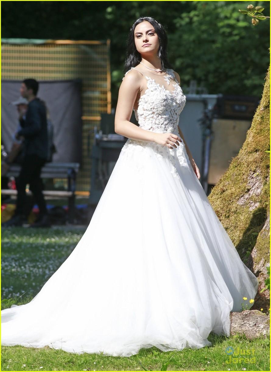 riverdale wedding photos set spoilers 29