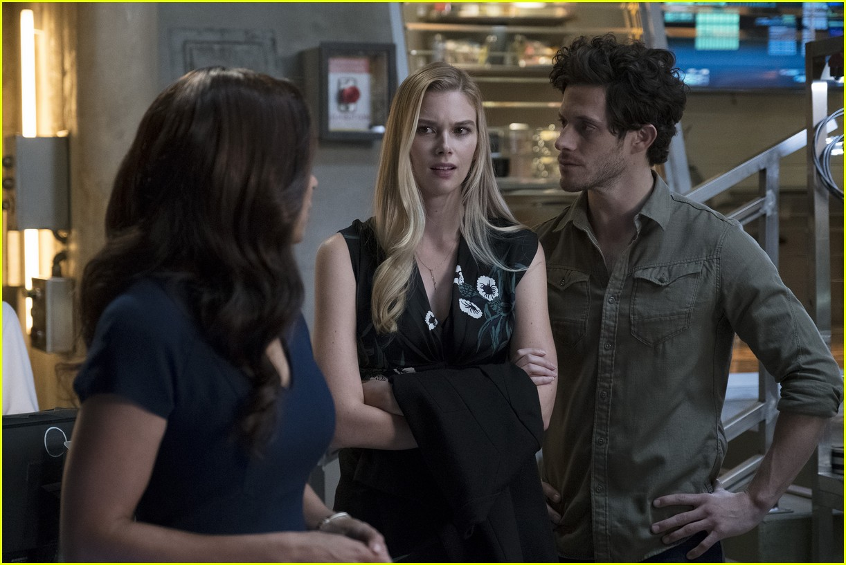 stitchers season 3 premiere photos 15