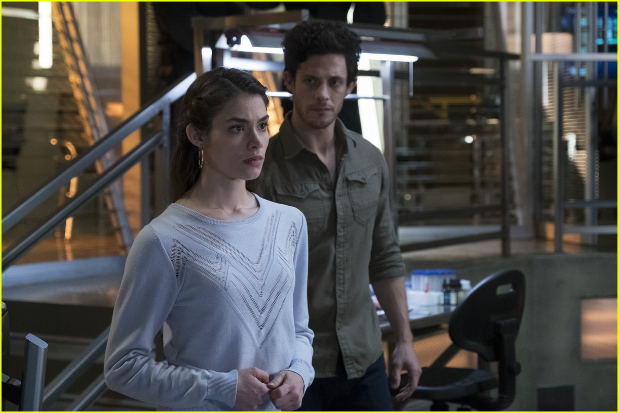 stitchers season 3 premiere photos 16