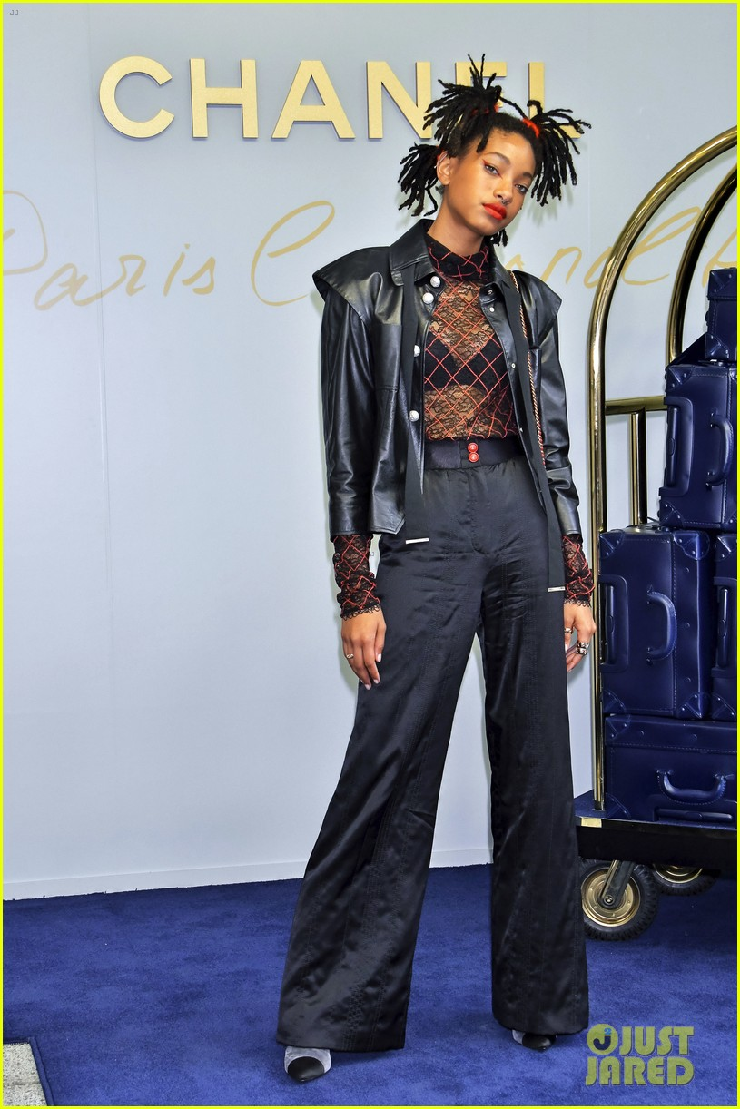 willow smith lily rose chanel tokyo 04