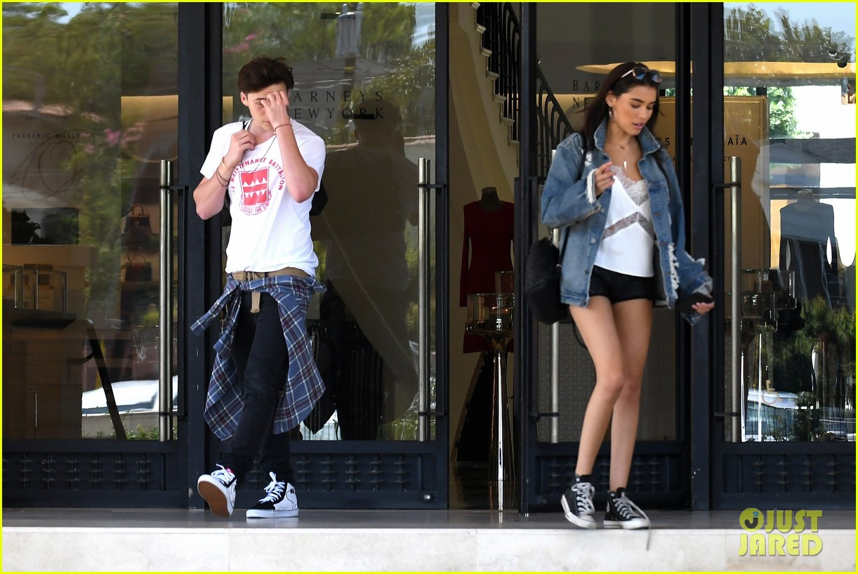 a066419e61 brooklyn beckham shops with madison beer after introducing her to his mom 15