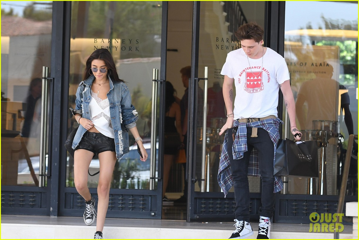 brooklyn beckham shops with madison beer after introducing her to his mom 19