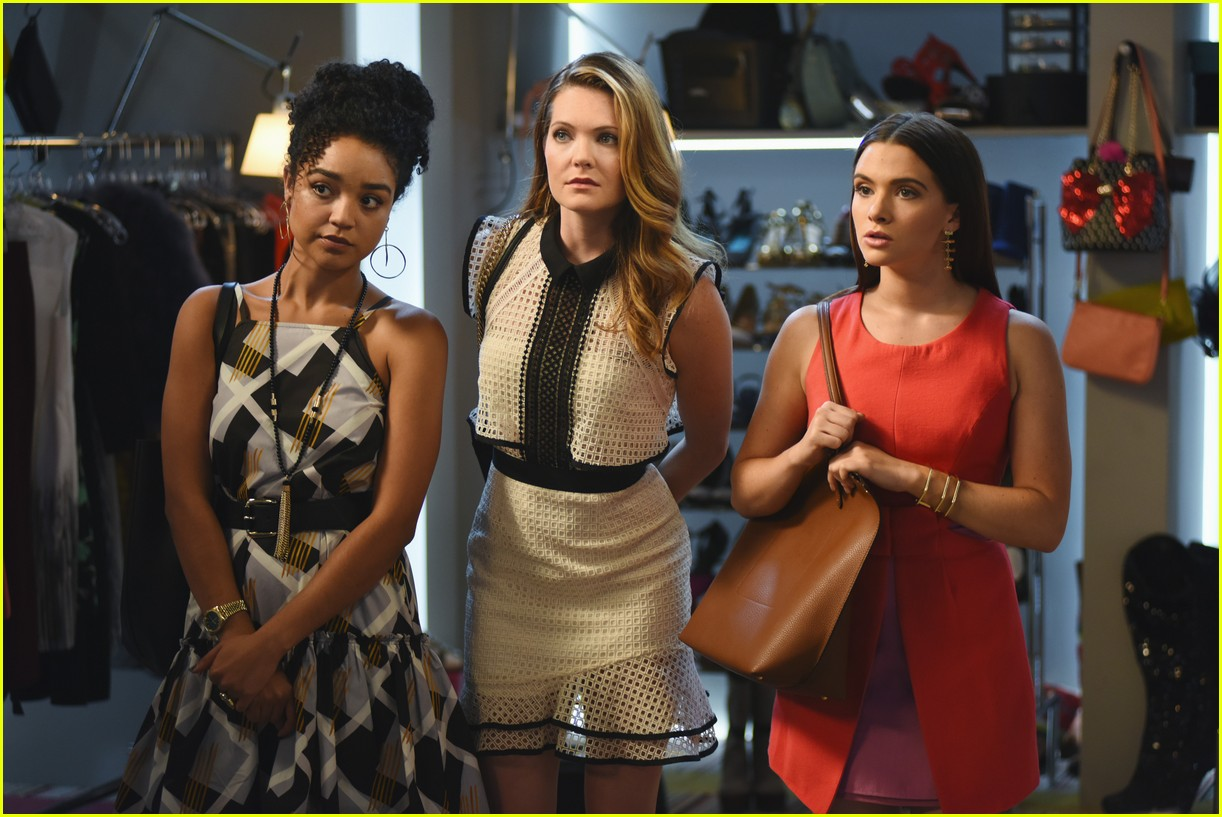 the bold type pilot premiere photos 39