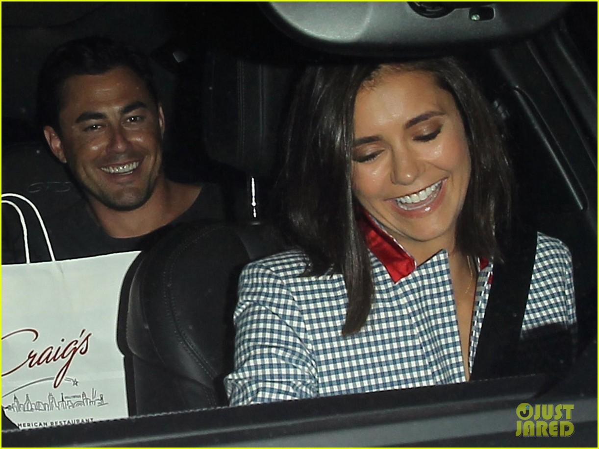 nina dobrev and jessica szohr double date with their boyfriends2 11