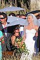 julianne houghs wedding photos brooks laich 12