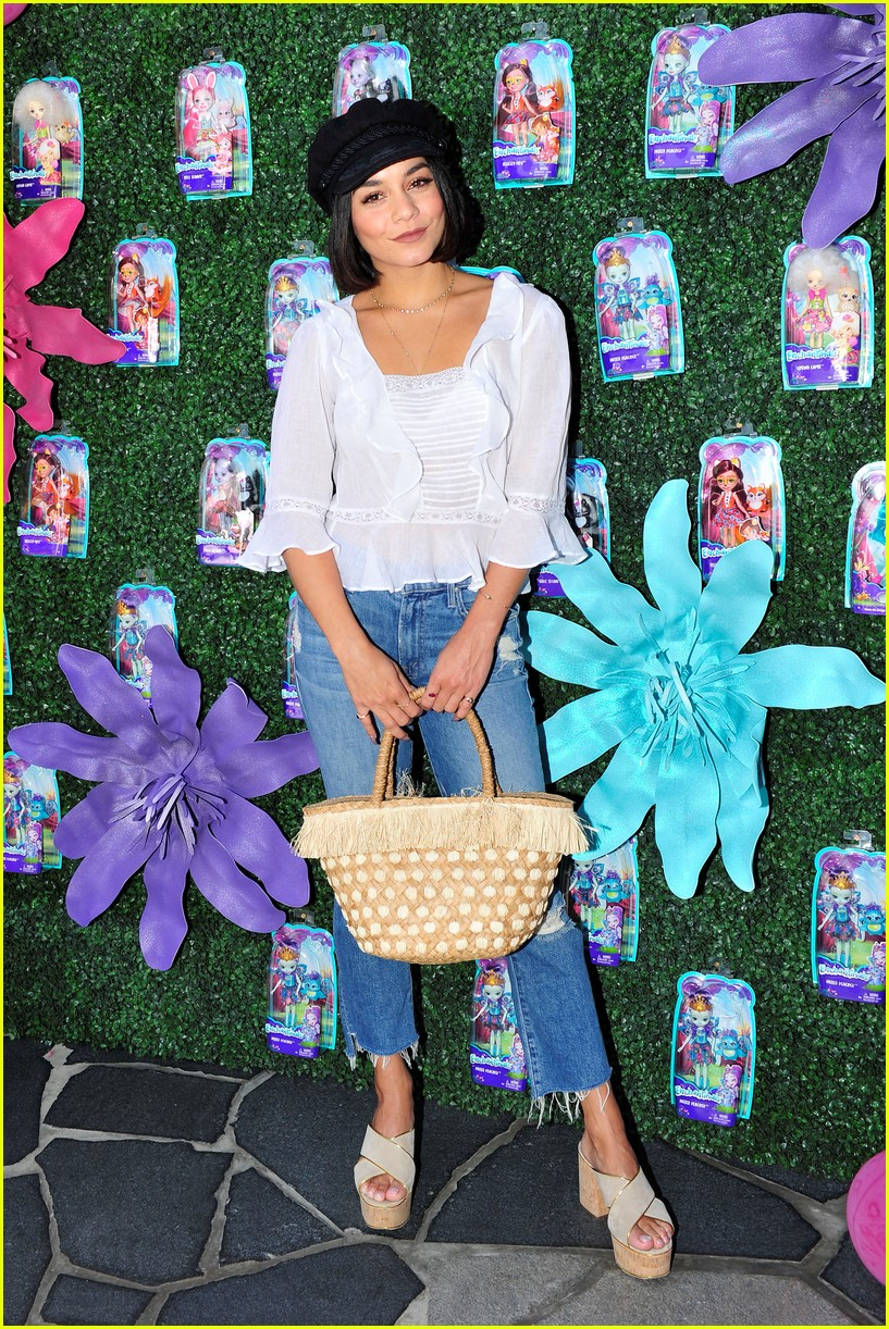 vanessa hudgens snaps selfies with fans at toy launch 04