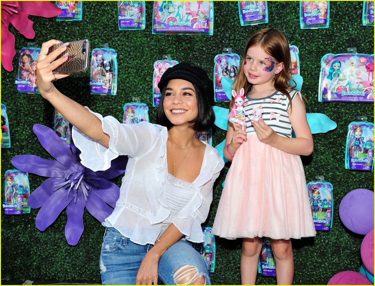 vanessa hudgens snaps selfies with fans at toy launch 05