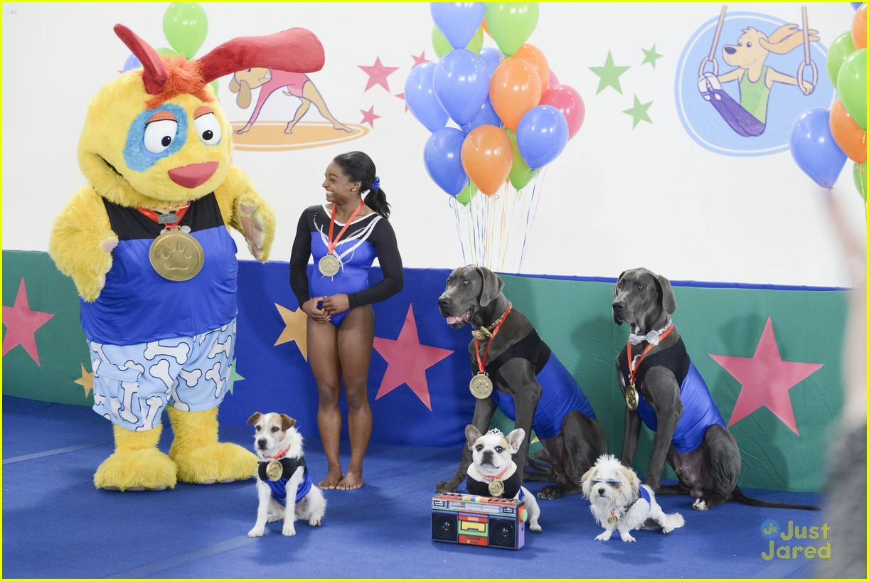 Simone Biles Coaches Canines For Doggy Gymnastics On Nickelodeon S