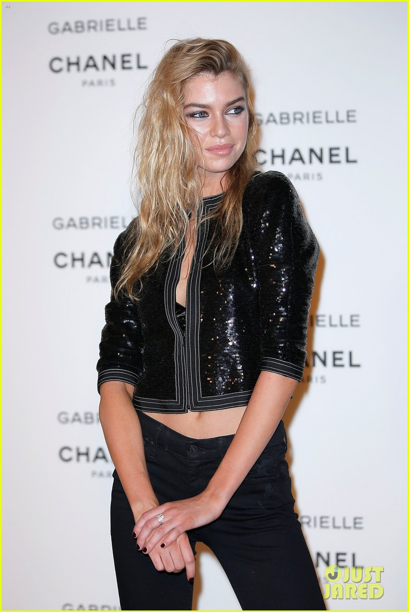 kristen stewart stella maxwell coordinate at chanels gabrielle perfume launch 02