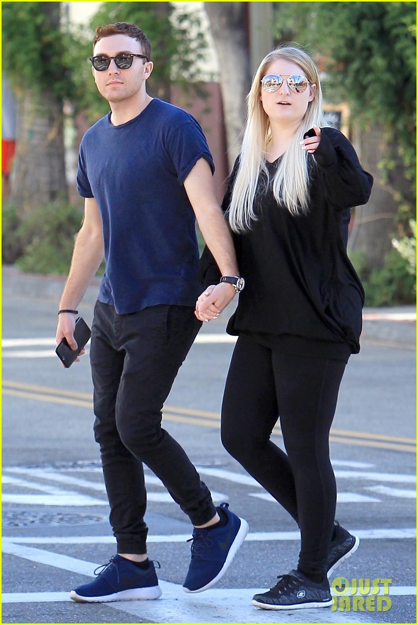 meghan trainor and daryl sabara step out after celebrating one year anniversary 01