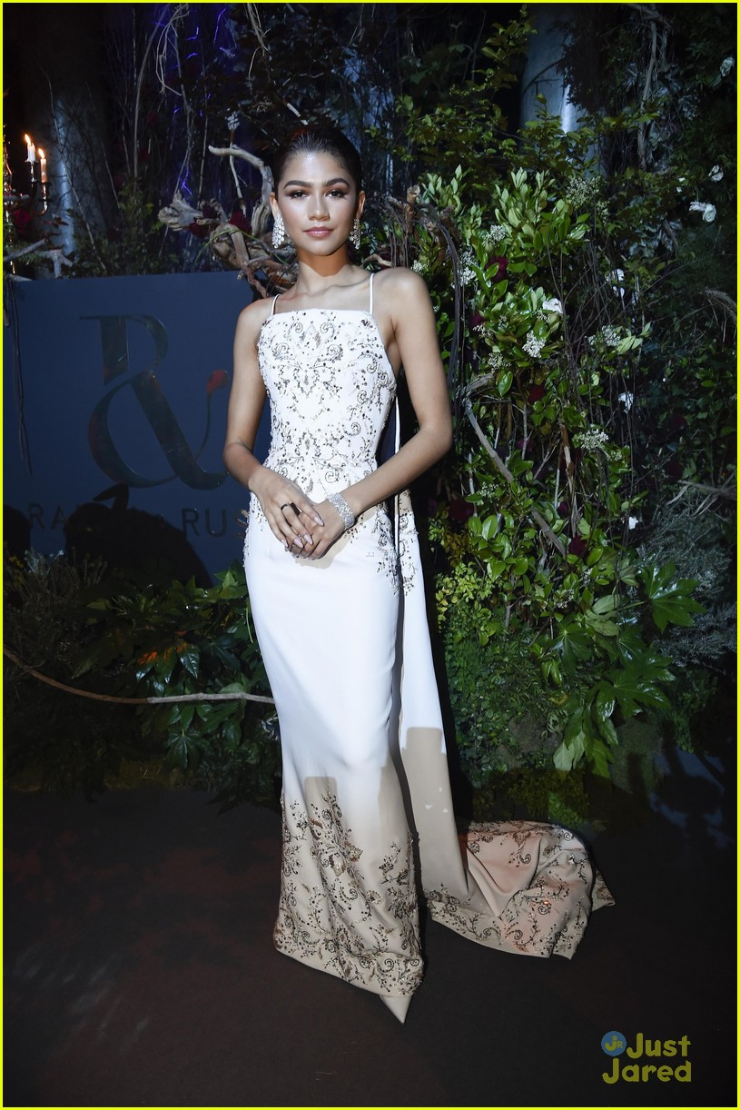 zendaya trapeze training ralph russo after party paris 09