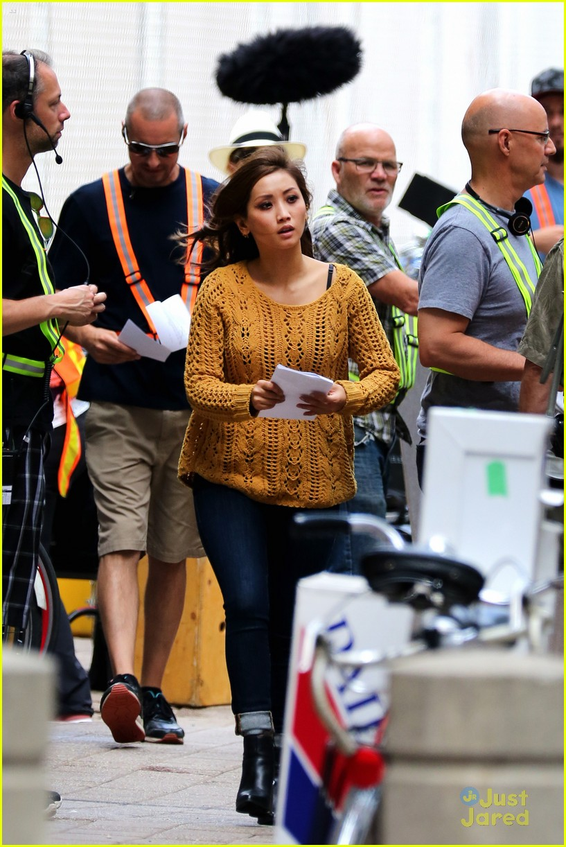brenda song angry angel set filming 04