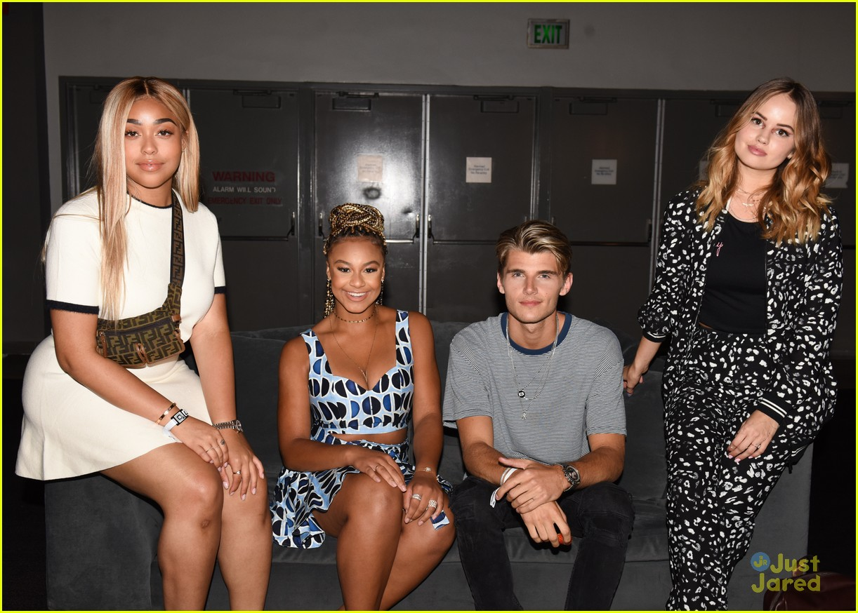 debby ryan nia sioux beautycon panel twan ingrid more 09