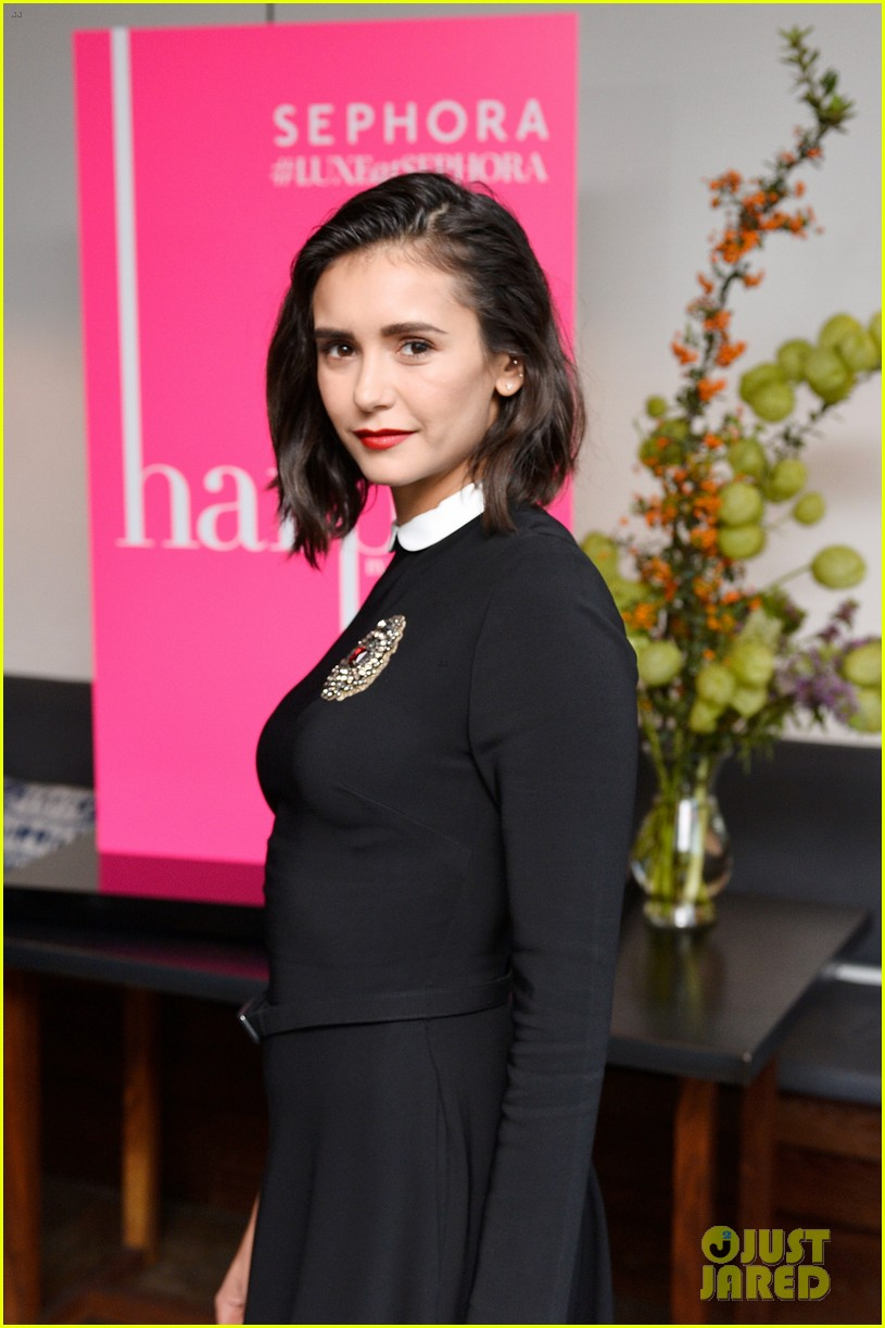 nina dobrev celebrates her harpers cover with friends 19