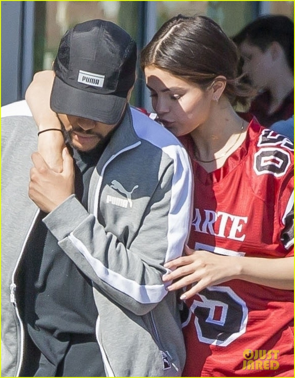 selena gomez nuzzles up to the weeknd 06