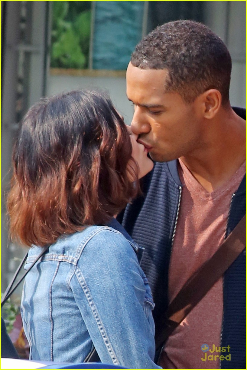 lucy hale elliot knight kisses life sentence 01