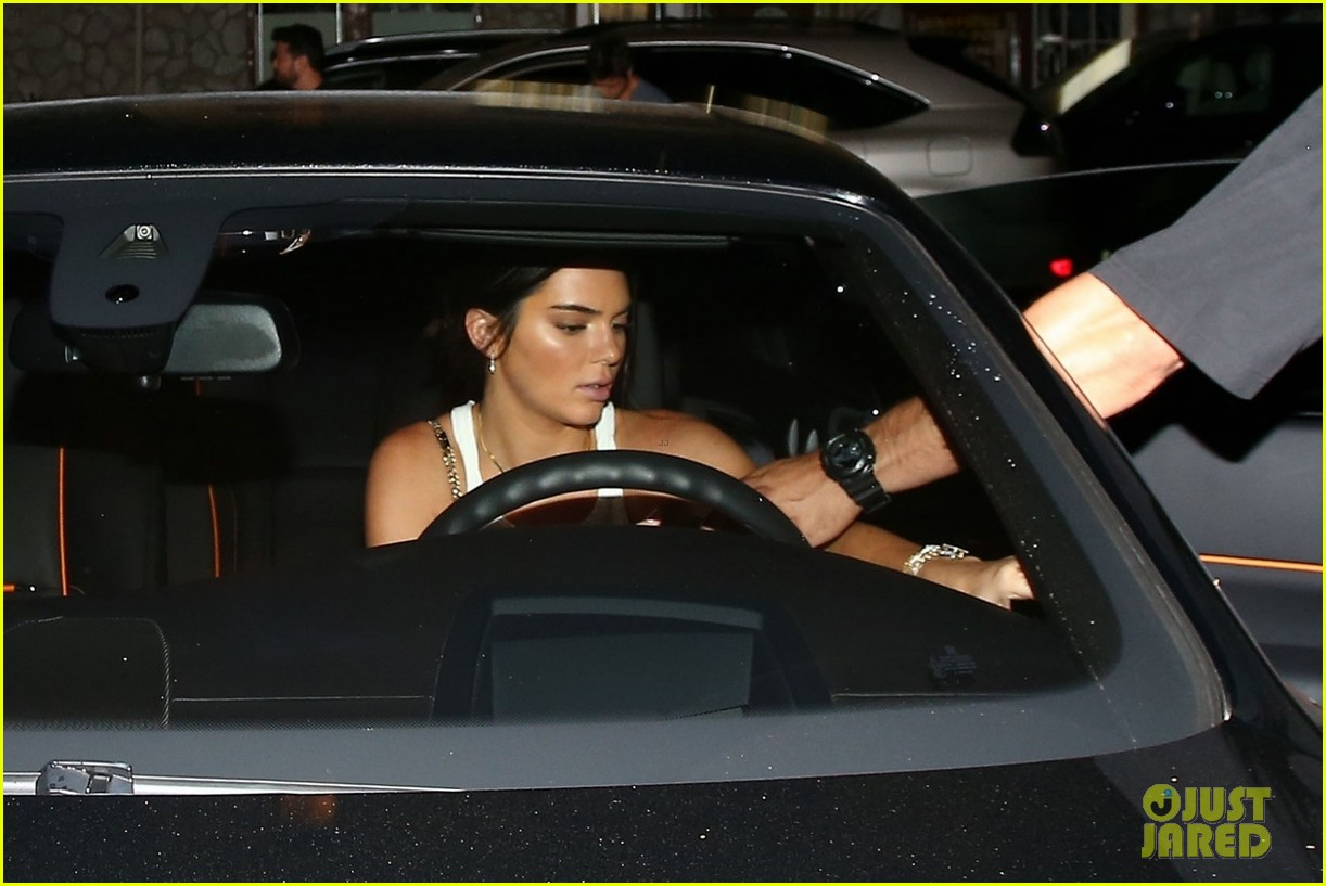 kendall and kylie jenner step out for dinner in la 09