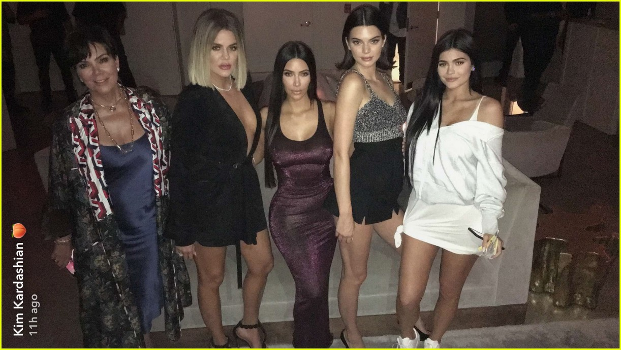 kylie jenners family throws her a surprise 20th birthday party 04