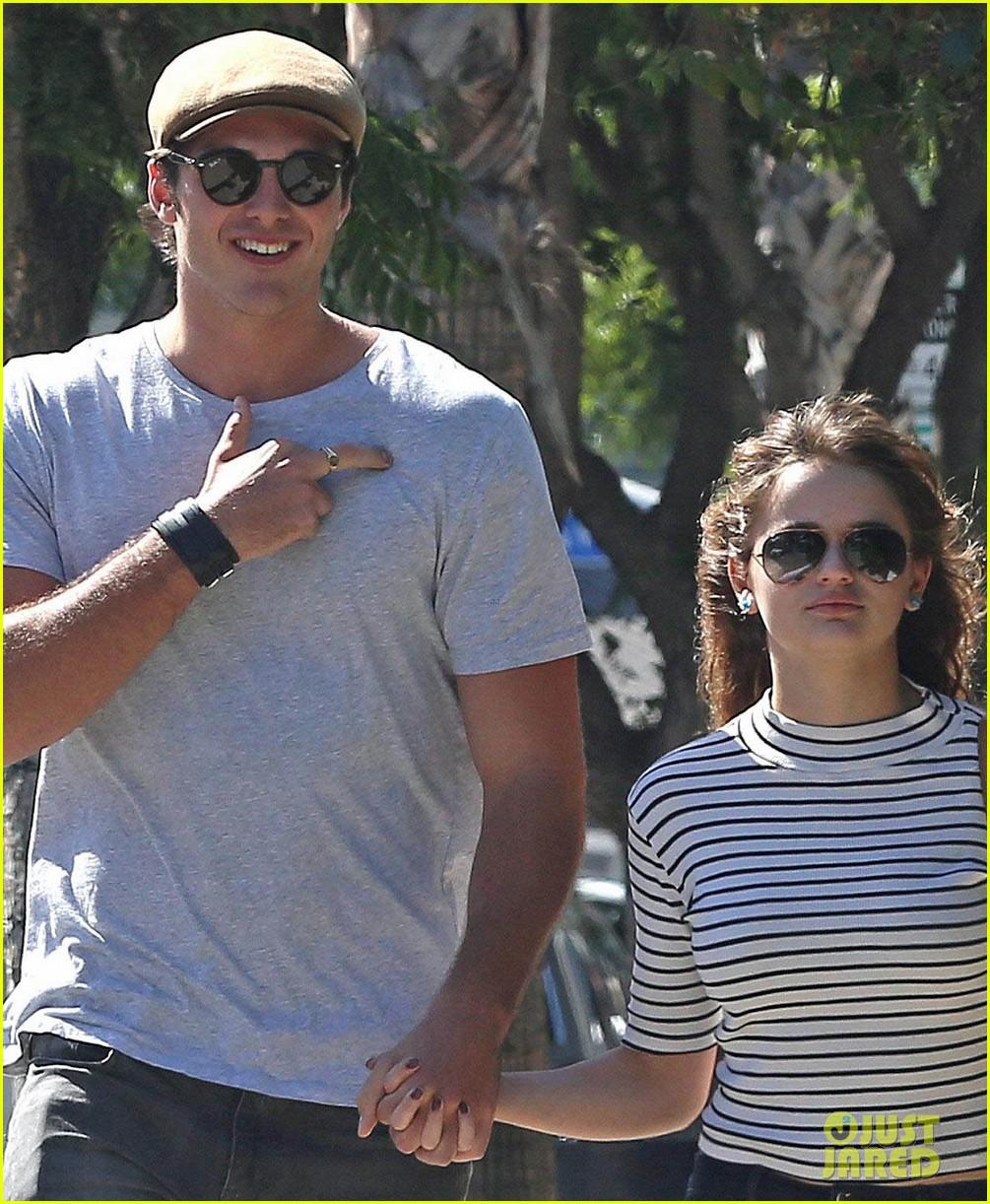 Selena gomez hands to myself behind the scenes 1