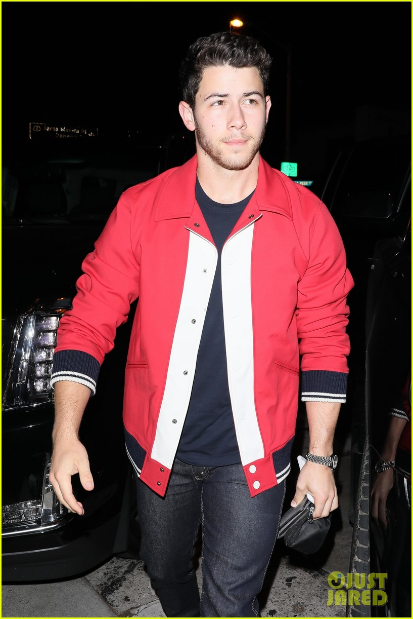 nick jonas good red hot at dinner in weho 04