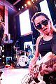 shawn mendes hailee steinfeld nina dobrev hit up republic records mtv vmas 2017 13