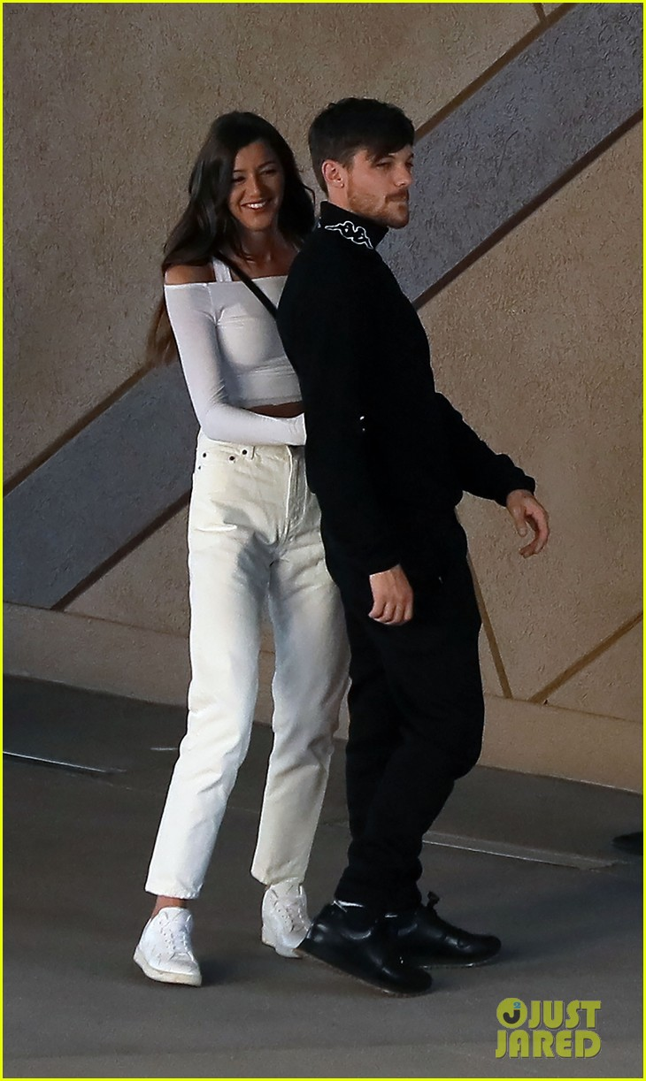 Louis Tomlinson Is All Smiles With Eleanor Calder in Las ... | 730 x 1222 jpeg 175kB