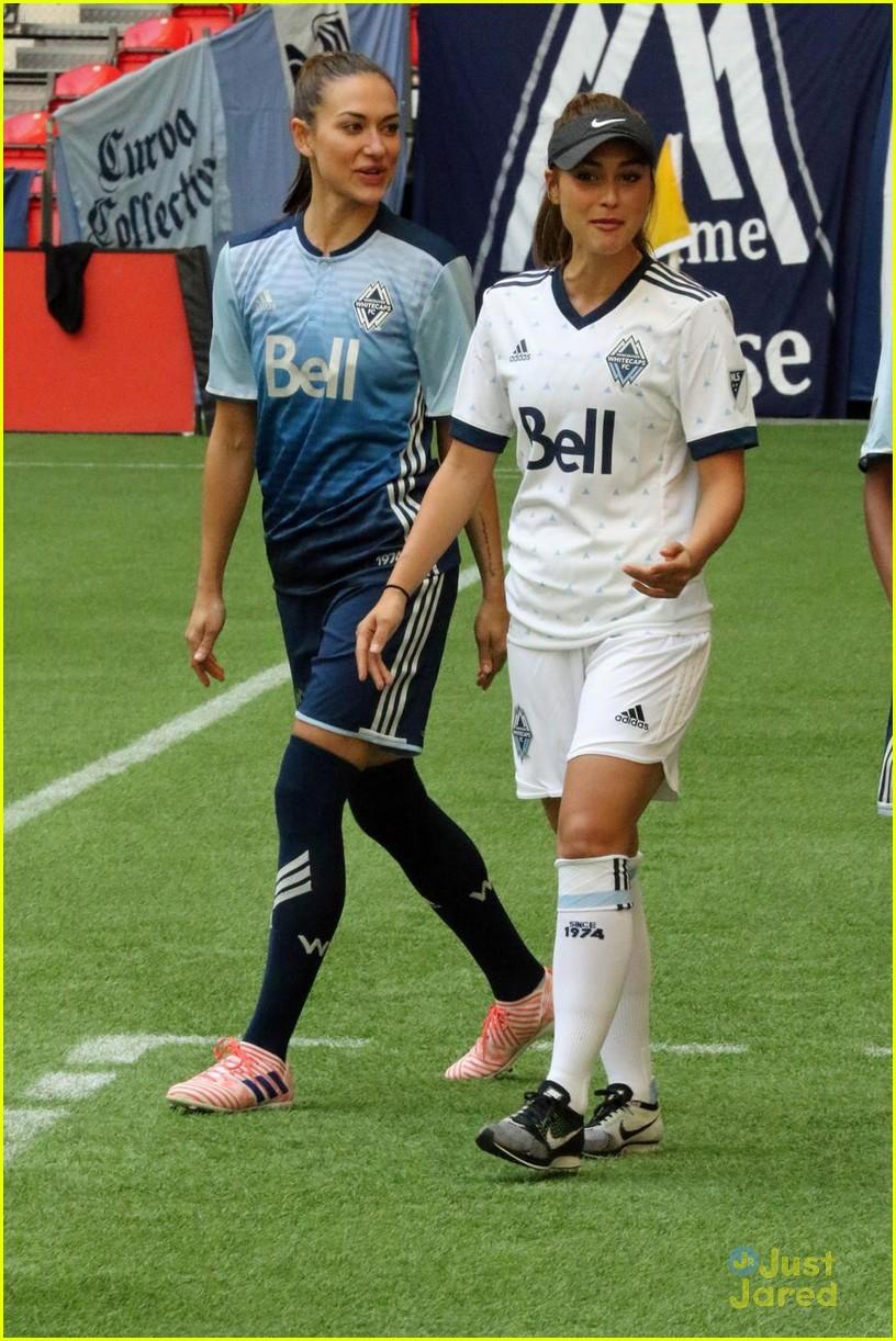 the 100 cast vancouver soccer match pics 05