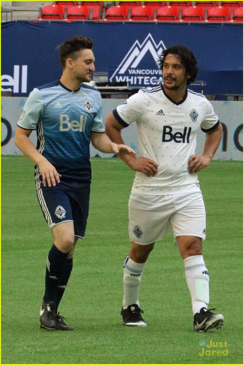 the 100 cast vancouver soccer match pics 08