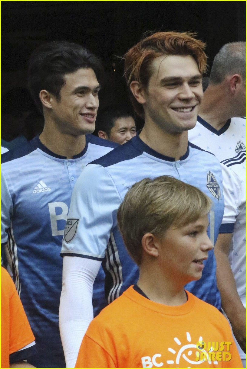 kj apa and charles melton play in childrens hospital charity soccer match 04