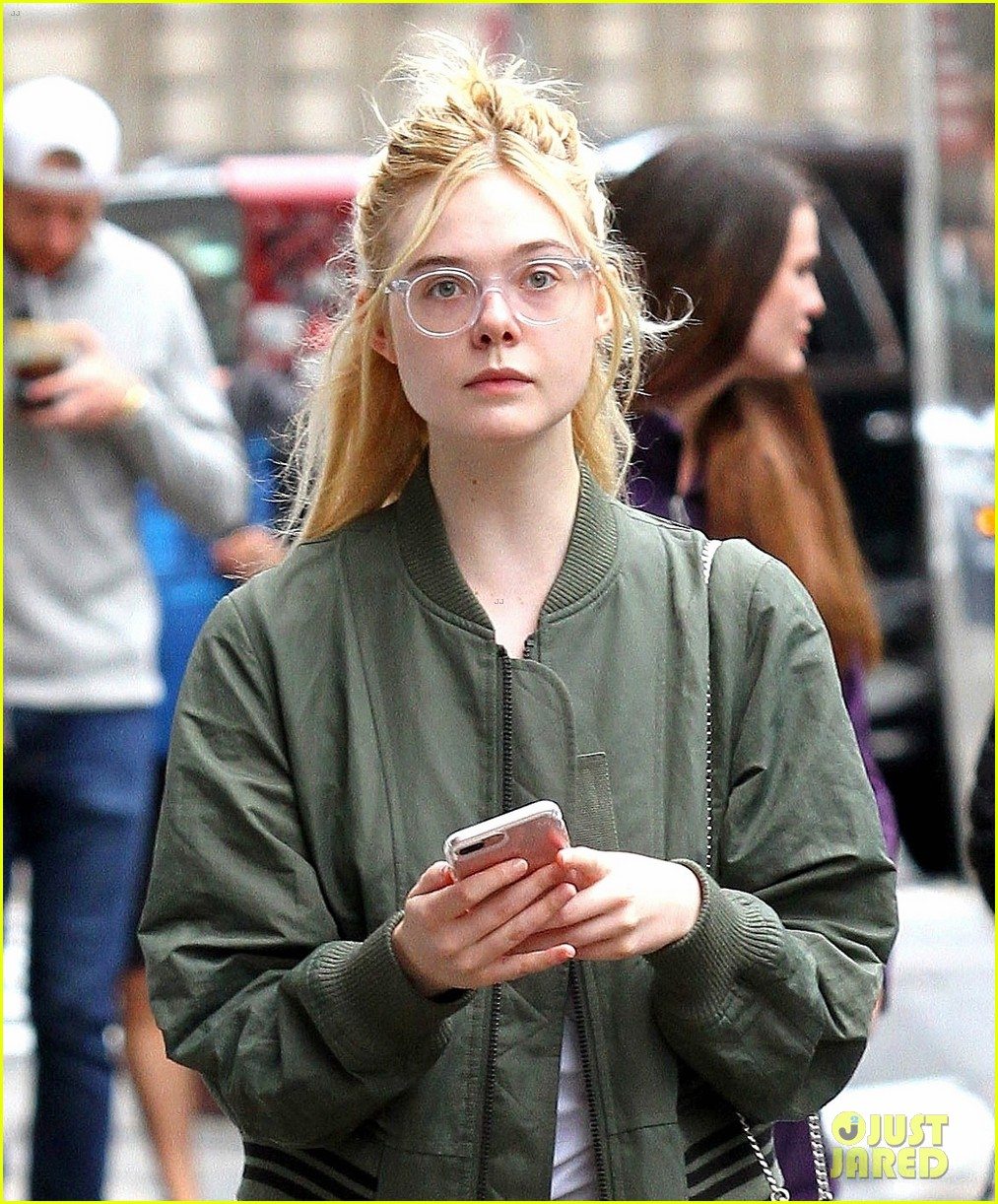 elle fanning s 3 generations is now streaming on netflix photo