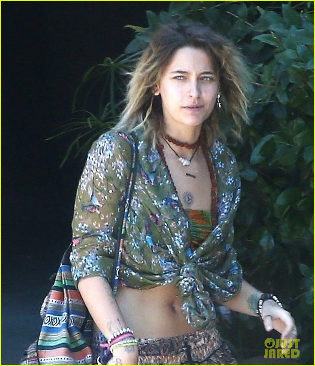 paris jackson spotted hanging out with keegan allen 09