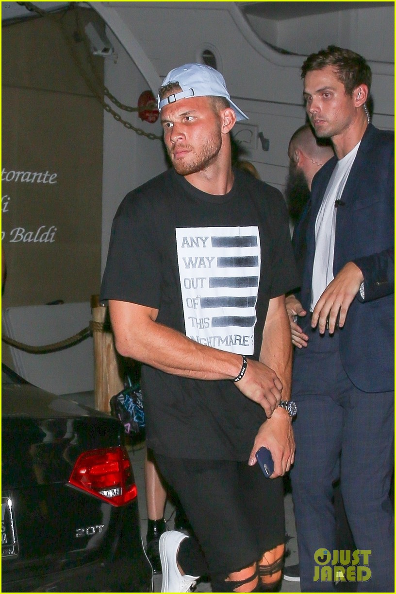 kendall jenner grabs dinner with rumored boyfriend blake griffin 02