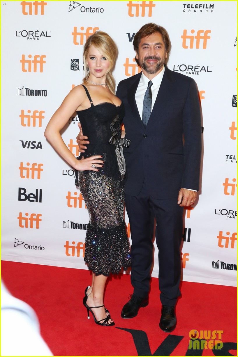 jennifer lawrence javier bardem screen mother at tiff 09
