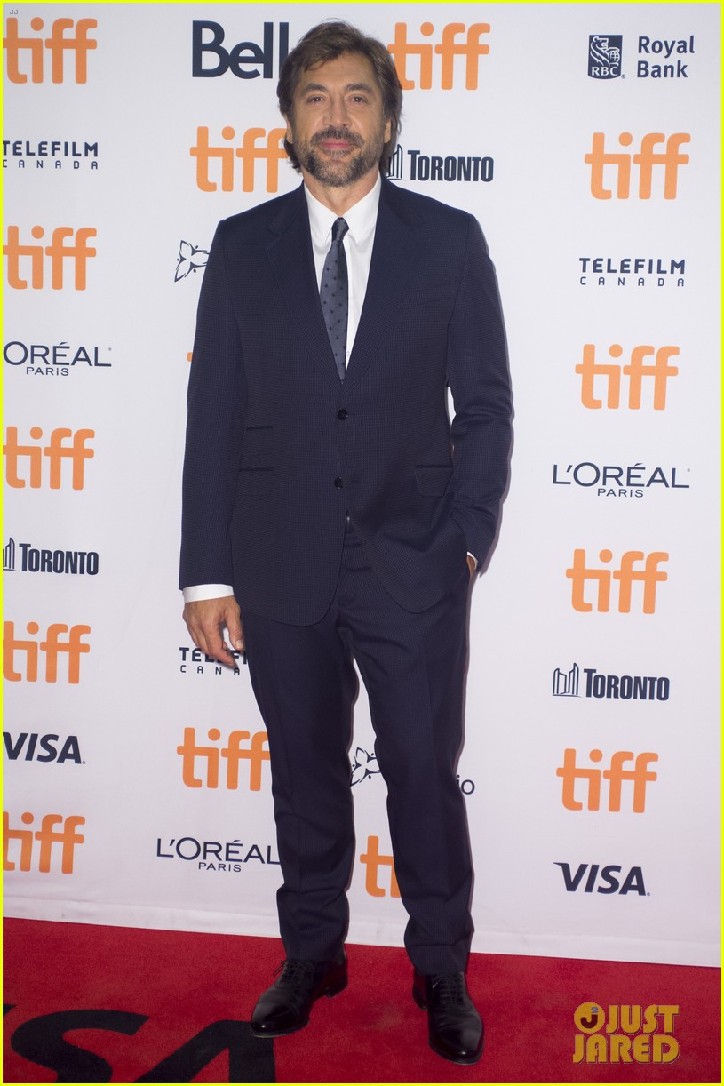 jennifer lawrence javier bardem screen mother at tiff 15
