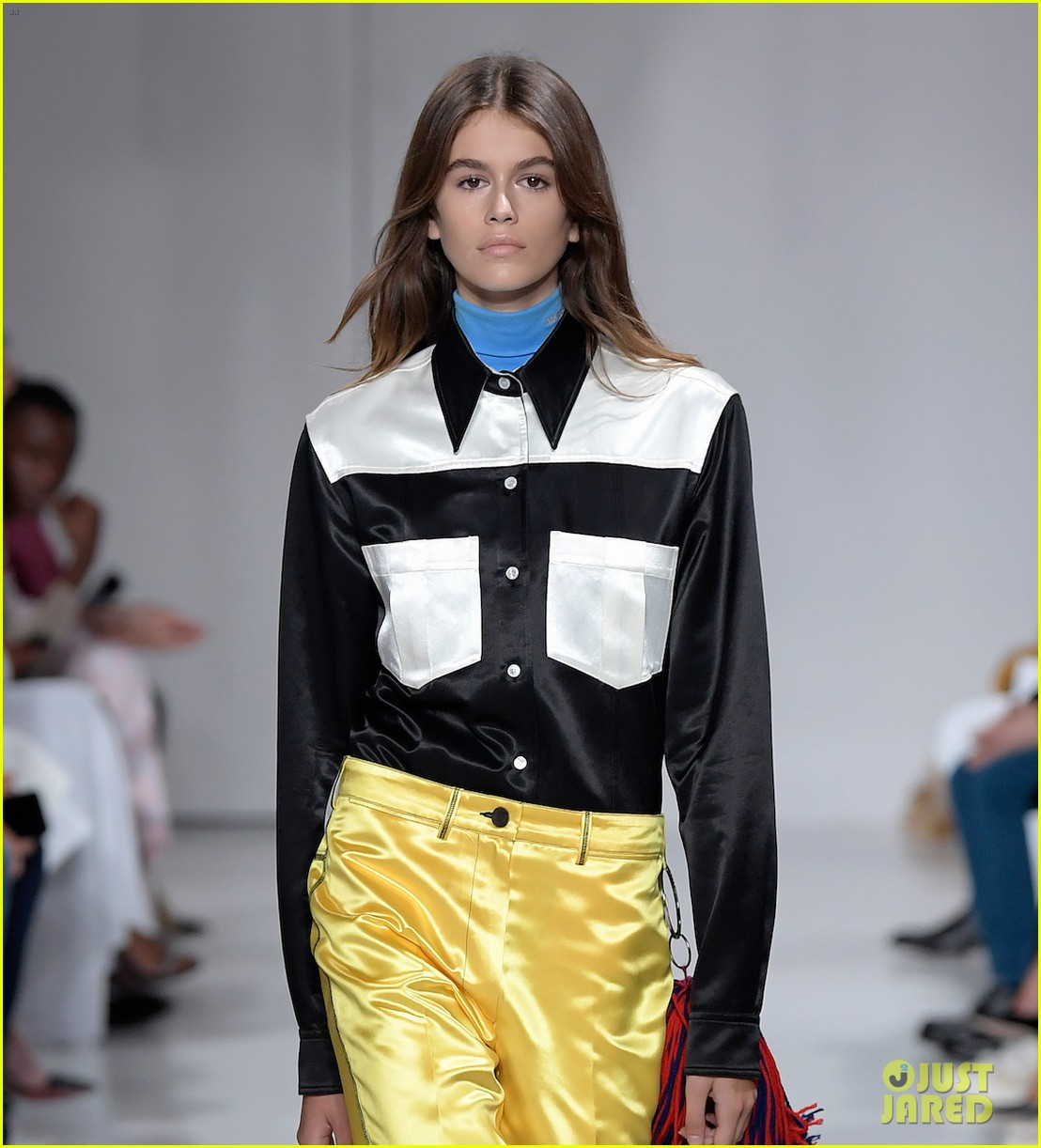 kaia gerber makes runway debut in calvin klein show 04
