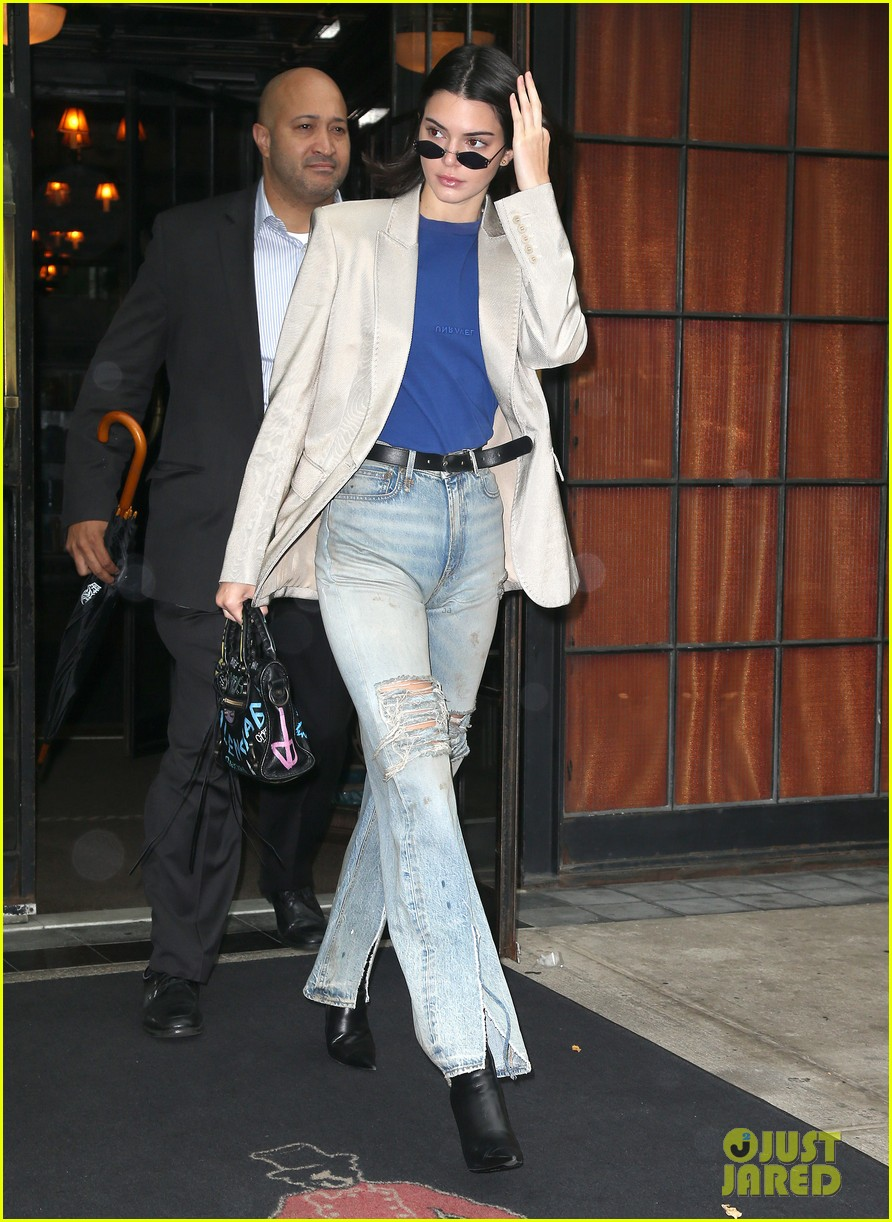 kendall jenner nyc hotel 02