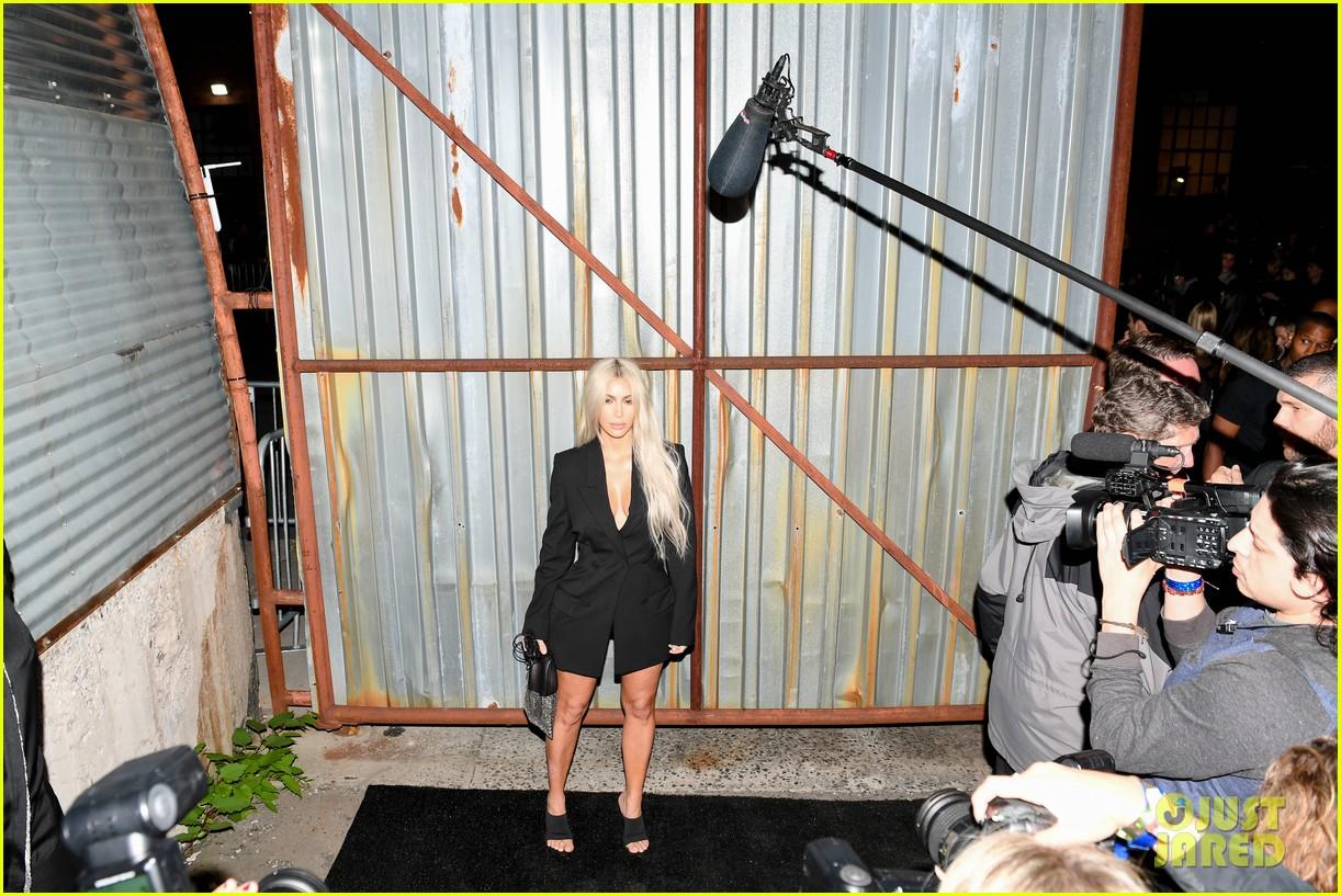 kim kardashian kris jenner watch kendall alexander wang 10