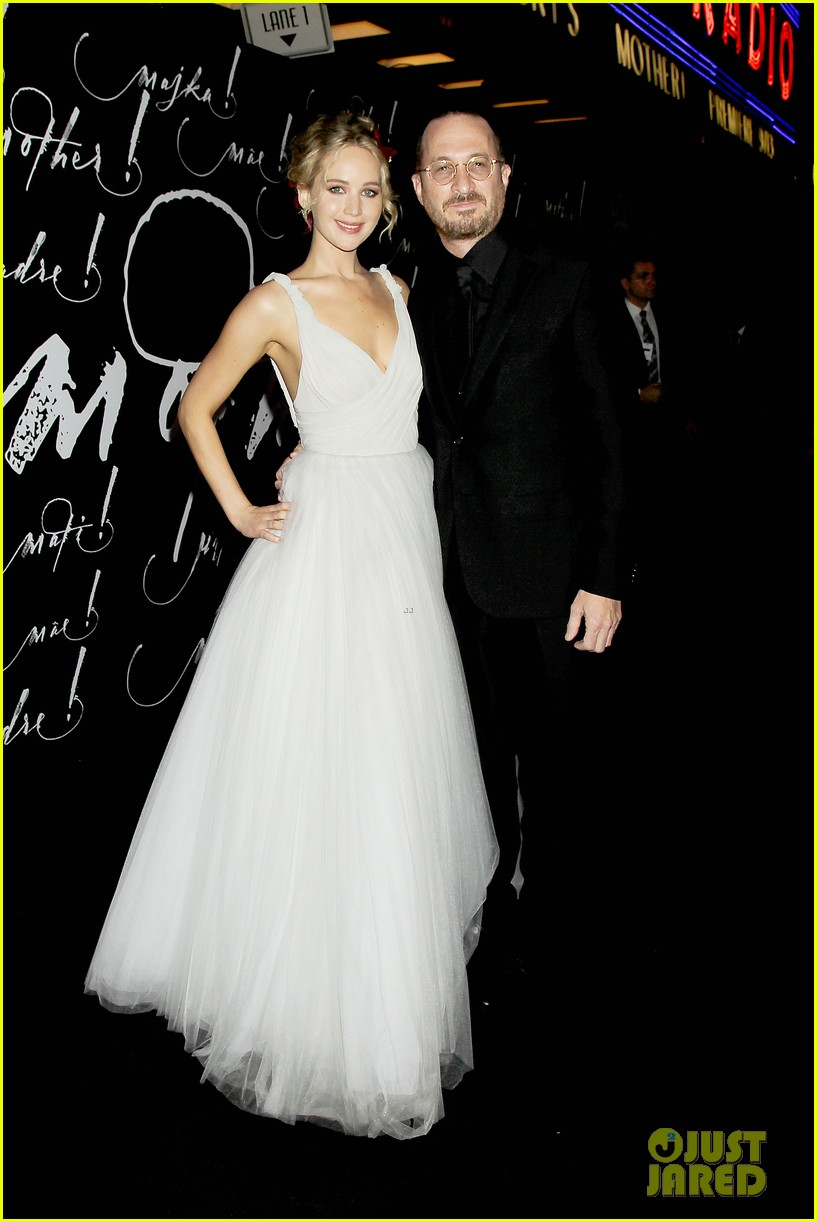 jennifer lawrence darren aronofsky mother nyc premiere 24