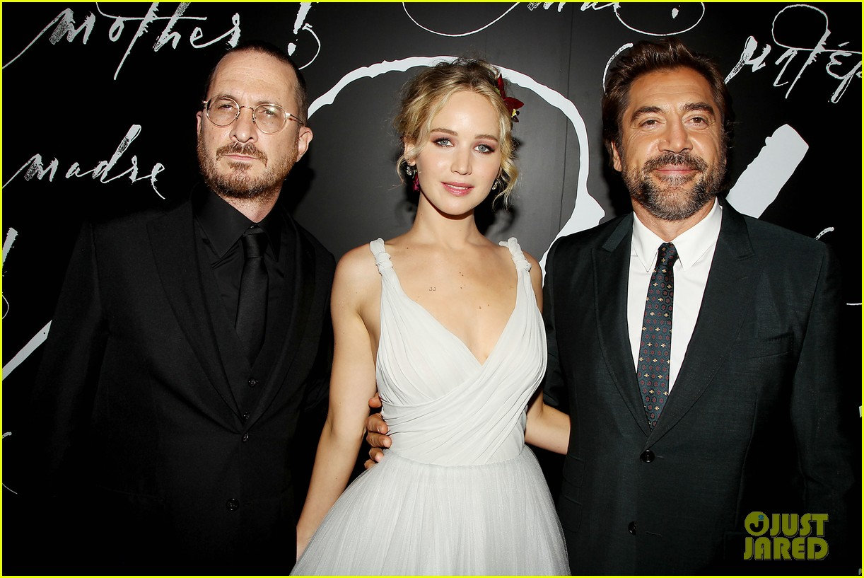 jennifer lawrence darren aronofsky mother nyc premiere 25