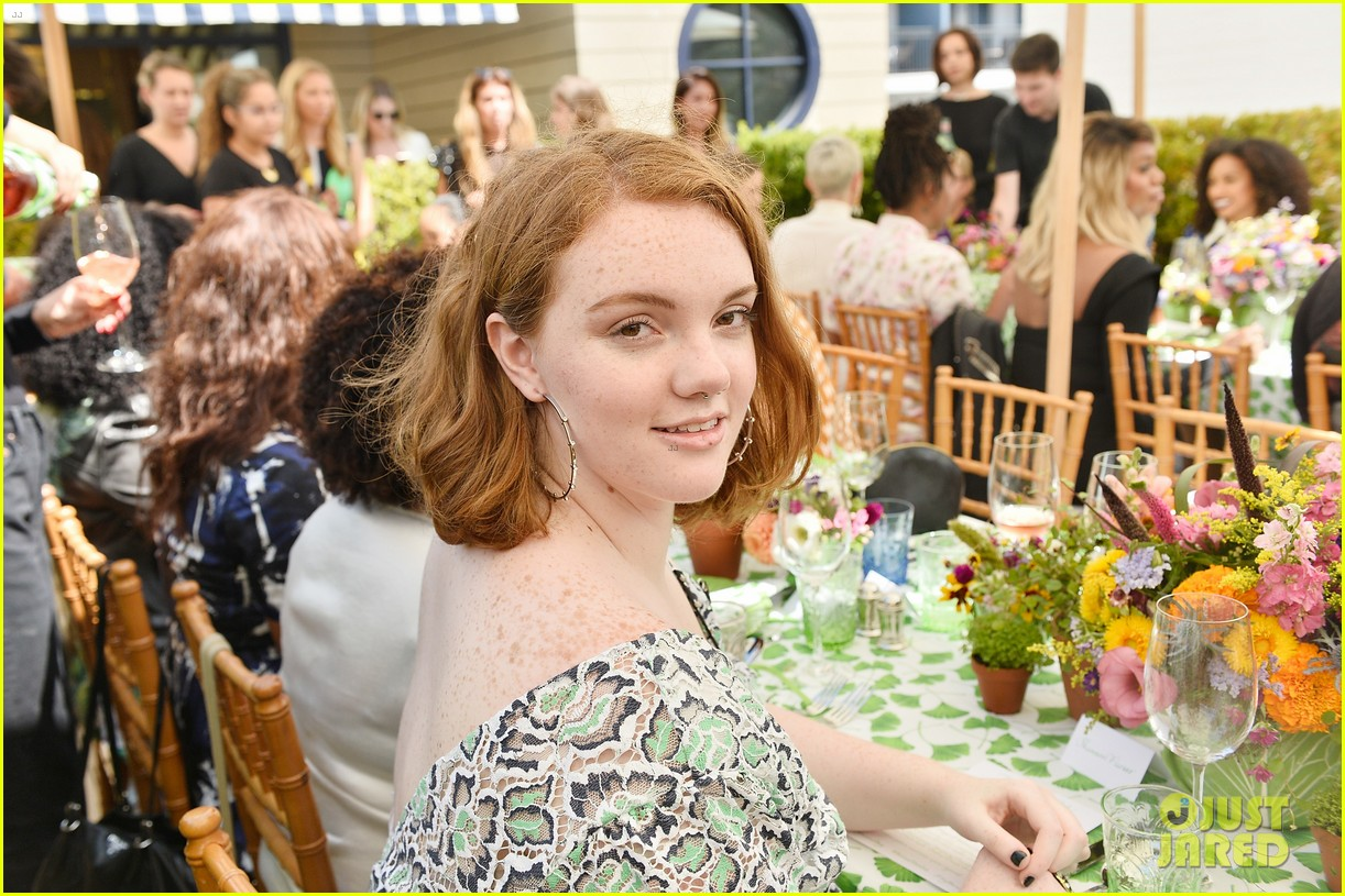 danielle panabaker alisha boe and shannon purser team up for glamour event 06