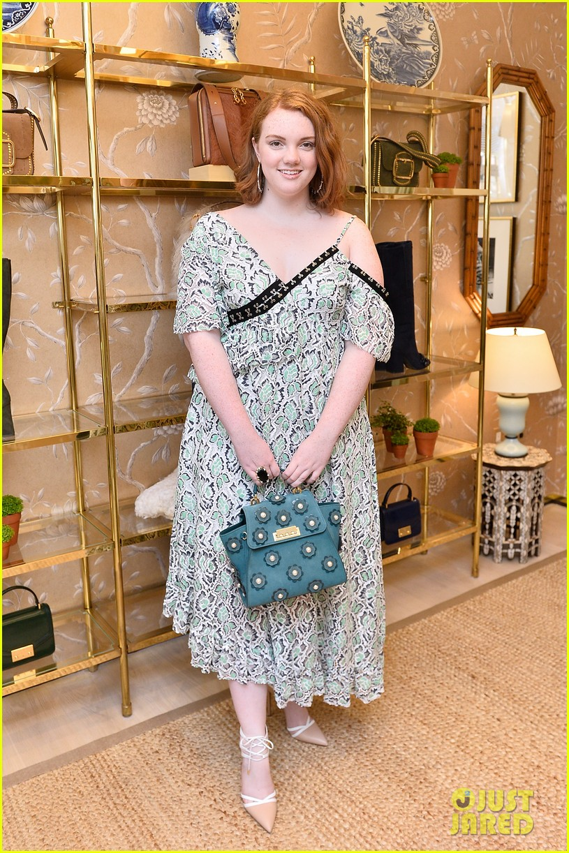 danielle panabaker alisha boe and shannon purser team up for glamour event 15