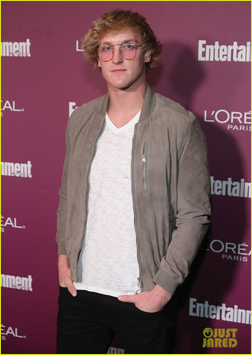logan paul and chloe bennet strike a pose at pre emmys party 01